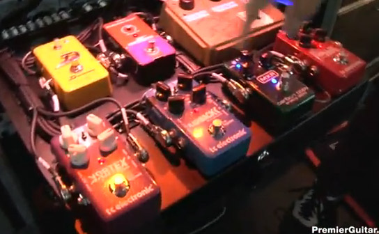 joe-perry-aerosmith-rig-rundown-backline-pedals